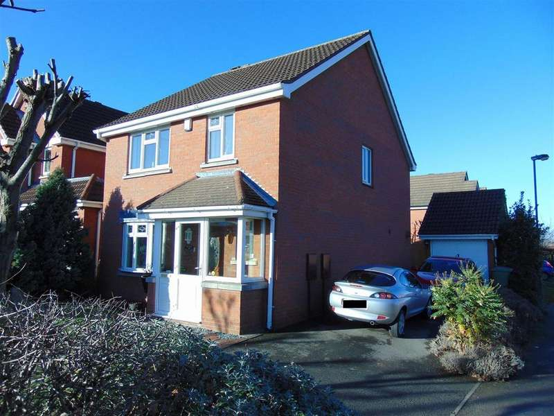 4 Bedrooms Detached House for sale in Pool View, Rushall