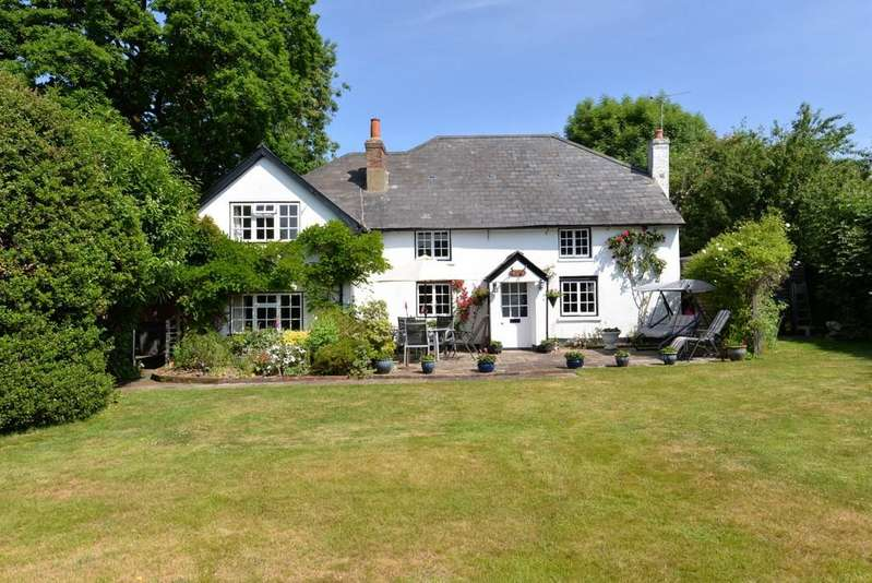 4 Bedrooms Cottage House for sale in Springfield Gardens, Ashley, New Milton