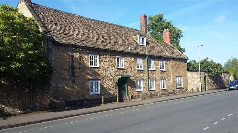 6 Bedrooms Detached House for sale in Newland, Sherborne, DT9