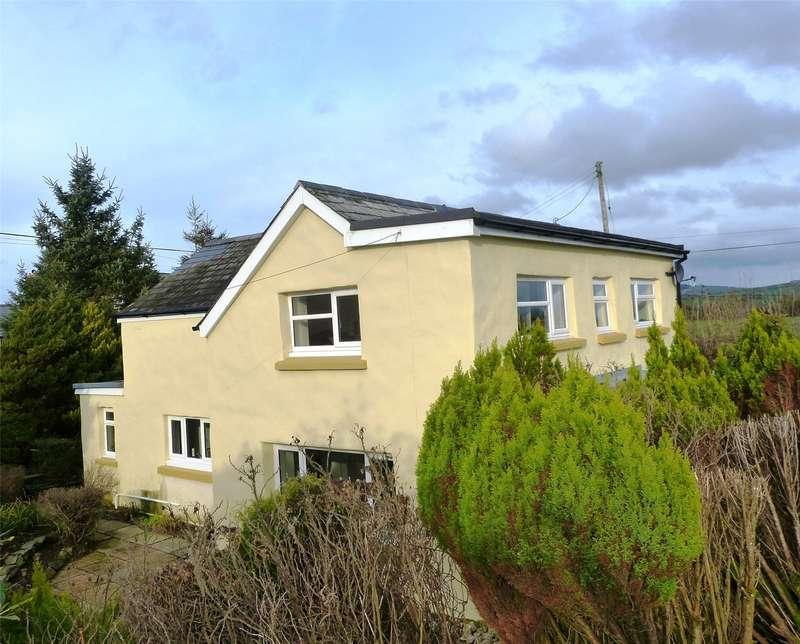3 Bedrooms Detached House for sale in Maesydelyn, Efailwen, Clynderwen, Carmarthenshire