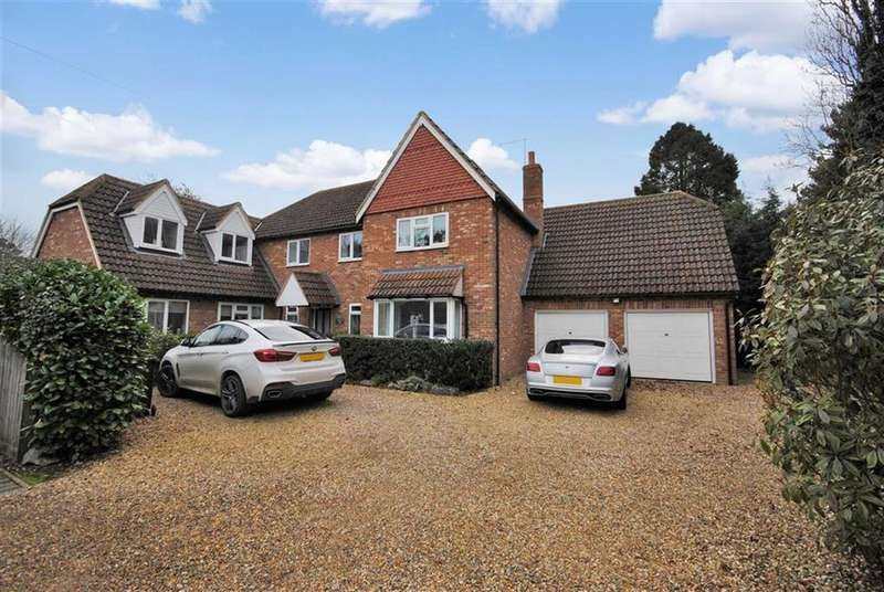 5 Bedrooms Detached House for sale in Craddocks Drive, Leighton Buzzard