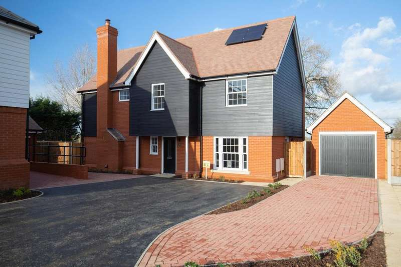 4 Bedrooms Detached House for sale in Plot 8 The Ashes, Back Road, Writtle, Essex, CM1