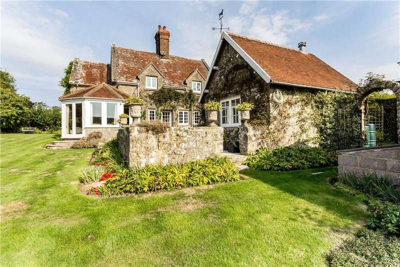 4 Bedrooms Detached House for sale in Ansty, Salisbury, Wiltshire, SP3