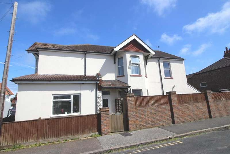 6 Bedrooms End Of Terrace House for sale in Firle Road, Eastbourne BN22