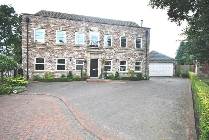 5 Bedrooms Detached House for sale in Foxwood Grove, Edenthorpe, Doncaster