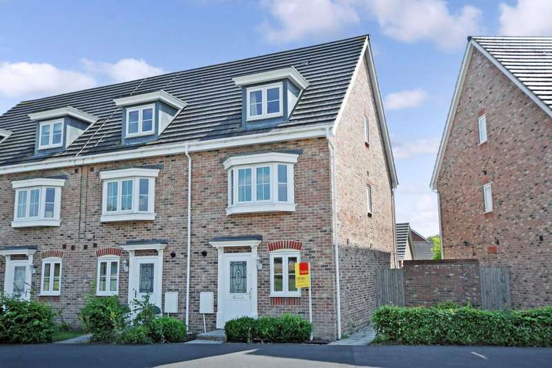 4 Bedrooms House for sale in Urquhart Road, Thatcham, RG19