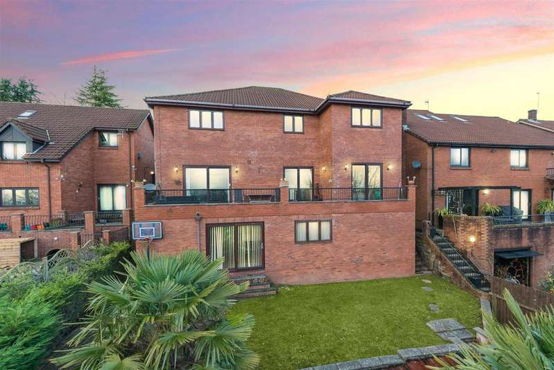 5 Bedrooms Detached House for sale in Parkwood Close, Caerleon, Newport