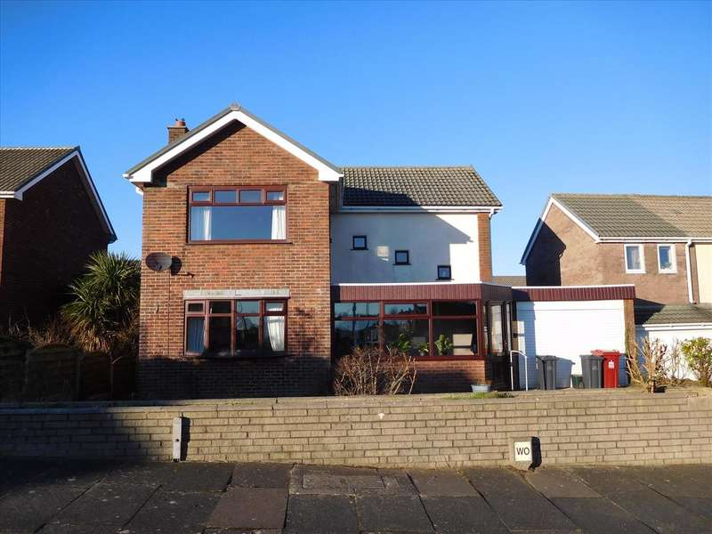3 Bedrooms Detached House for sale in Keswick Avenue, BARROW-IN-FURNESS