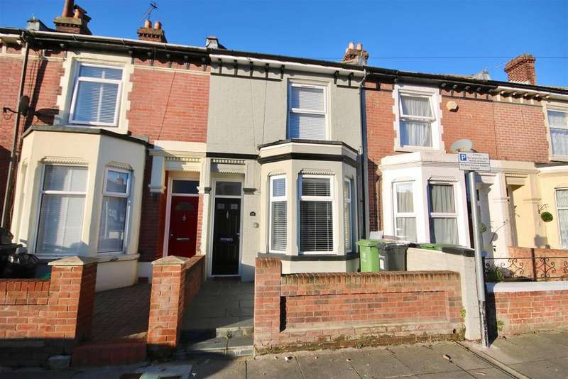 4 Bedrooms Terraced House for sale in STUNNING FOUR BEDROOM HOME
