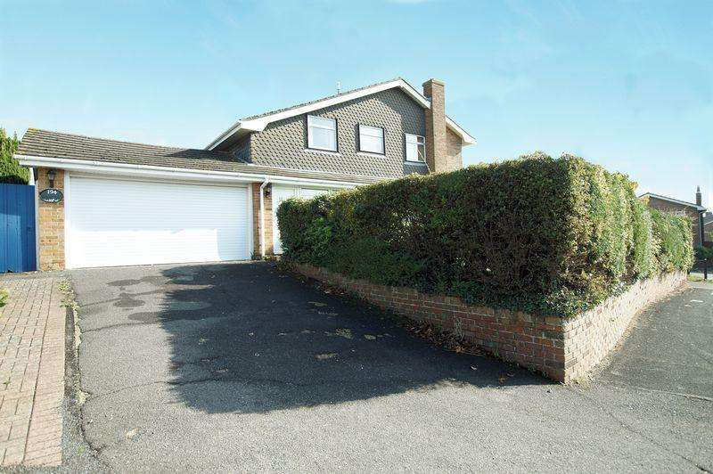 4 Bedrooms Detached House for sale in Dore Avenue, Portchester