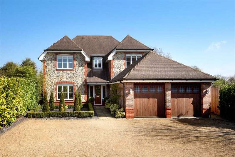 5 Bedrooms Detached House for sale in Ascot Road, Holyport, Maidenhead, Berkshire, SL6