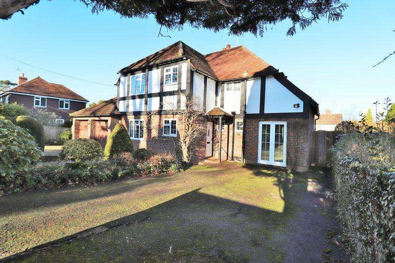 3 Bedrooms Detached House for sale in Ferndale Road, Burgess Hill, West Sussex