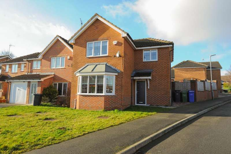 3 Bedrooms Detached House for sale in Coole Well Close, Staveley, Chesterfield
