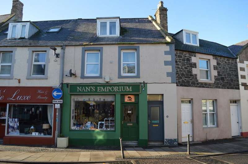 1 Bedroom Maisonette Flat for sale in Market Place, Eyemouth Berwickshire,