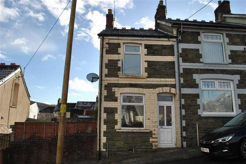 2 Bedrooms End Of Terrace House for sale in Russell Street, Brithdir
