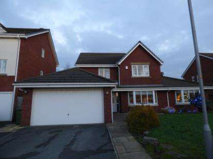 4 Bedrooms Detached House for sale in Tudor Gardens, Hightown, Liverpool, Merseyside, L38