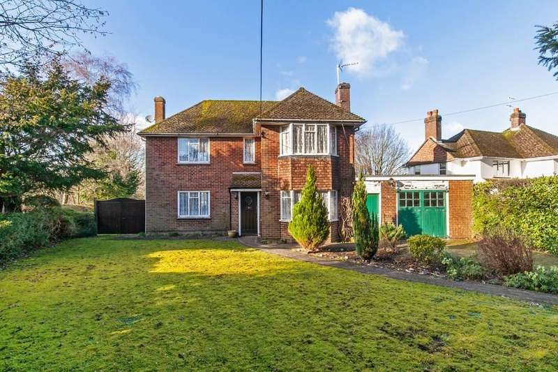 3 Bedrooms Detached House for sale in Hampton Lane, Winchester, SO22