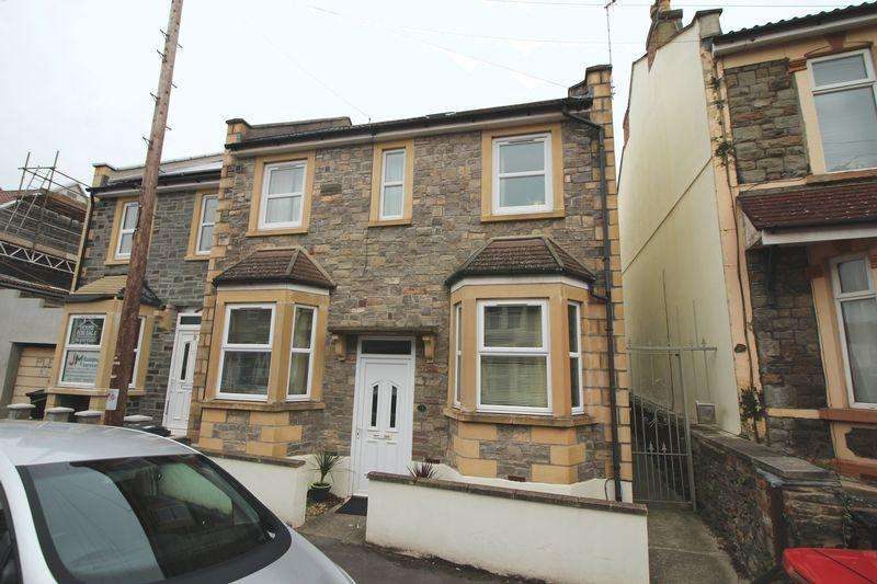 2 Bedrooms Apartment Flat for sale in Cooperage Road, Redfield, Bristol