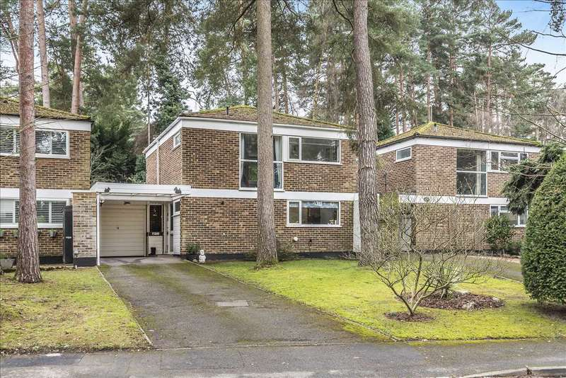 3 Bedrooms Link Detached House for sale in Heathermount Drive, Edgcumbe Park, Crowthorne