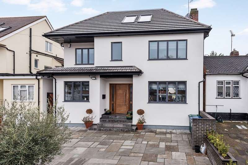 4 Bedrooms Detached House for sale in The Grove , Edgware, Greater London. HA8 9QA