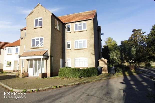 2 Bedrooms Flat for sale in Old Place, Sleaford, Lincolnshire