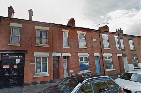 3 Bedrooms Terraced House for sale in Constance Road, Leicester