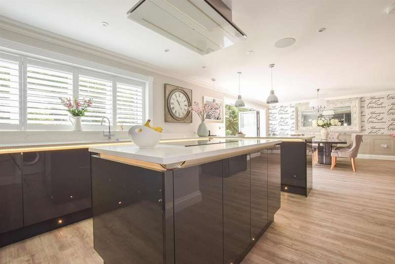 6 Bedrooms Detached House for sale in Brookdale, St. Leonards On Sea