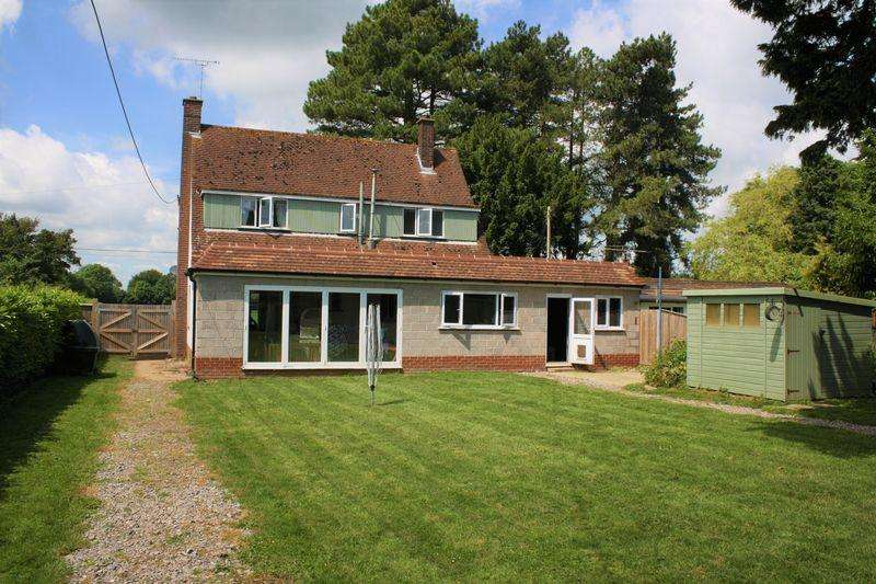 3 Bedrooms Detached House for sale in Hambledon
