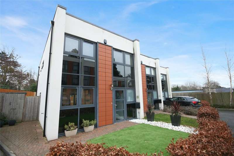 3 Bedrooms Town House for sale in The Chestnuts, Cleevelands Drive, Pittville, Cheltenham, GL50