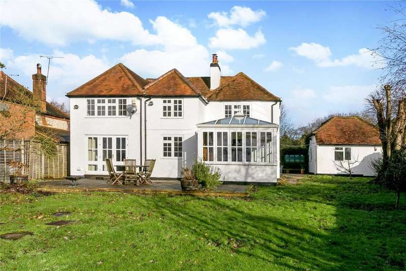 5 Bedrooms Detached House for sale in Cadmore End, Buckinghamshire, HP14