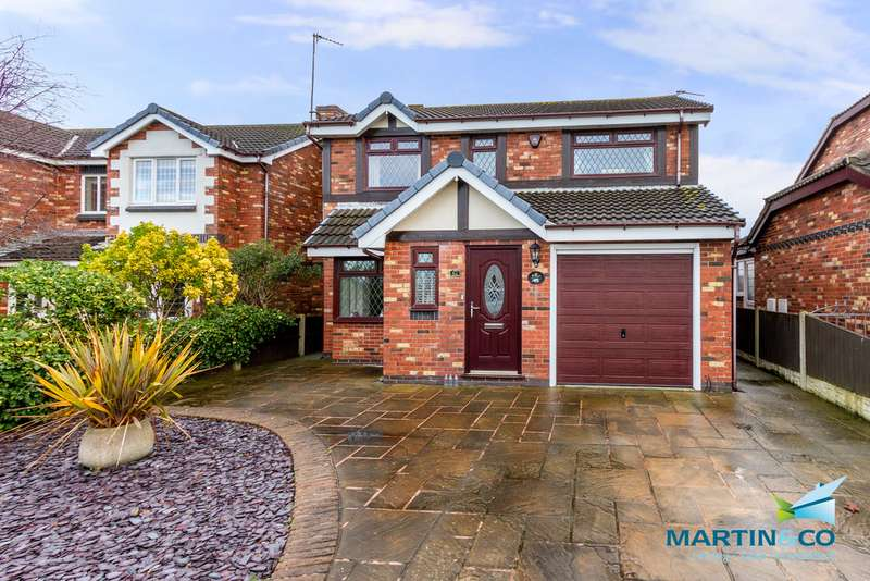 4 Bedrooms Detached House for sale in South Strand, Rossall FY7