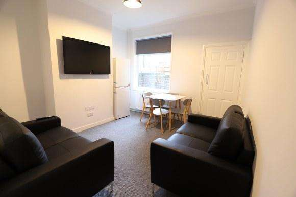 1 Bedroom Property for rent in Boughey Street, Stoke On Trent