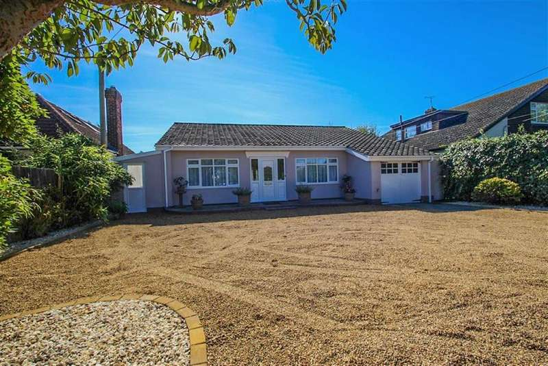 3 Bedrooms Detached Bungalow for sale in Point Clear Road, St Osyth