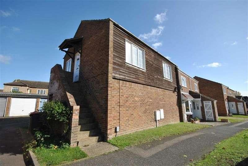2 Bedrooms Flat for sale in Dove Tree Road, Leighton Buzzard