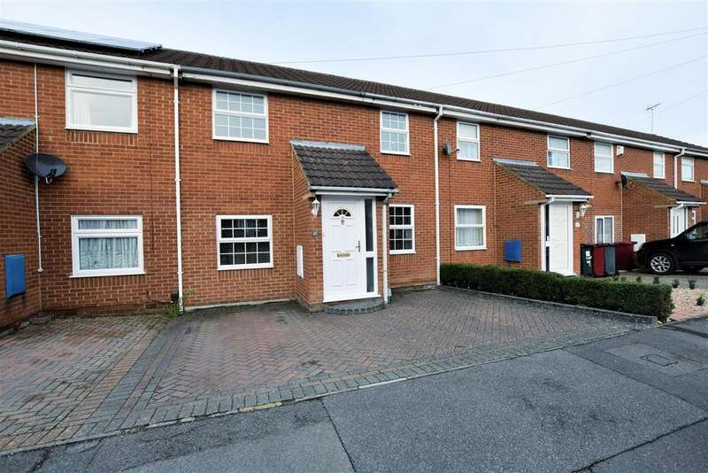 3 Bedrooms Terraced House for sale in Coalport Way, Tilehurst, Reading