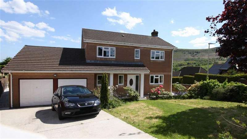 4 Bedrooms Detached House for sale in Ashbourne Court, Aberdare, Mid Glamorgan