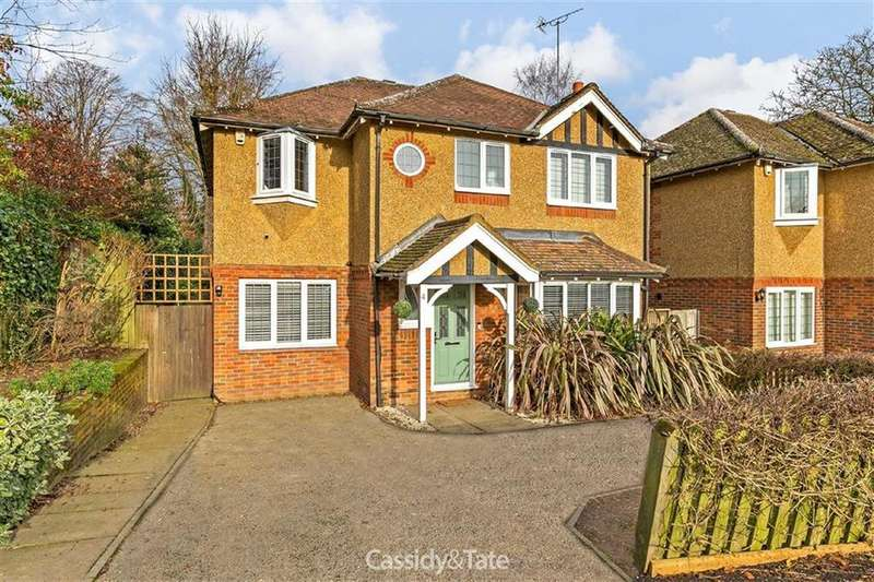 4 Bedrooms Detached House for sale in Francis Avenue, St Albans, Hertfordshire