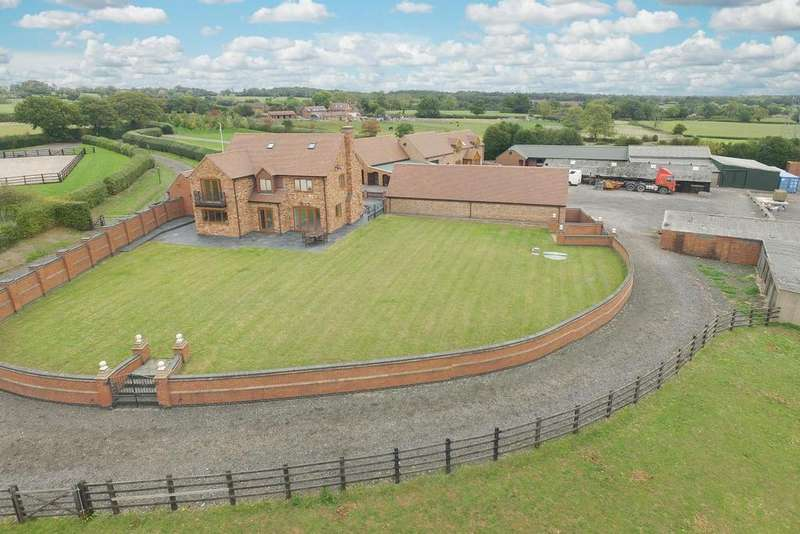 4 Bedrooms Country House Character Property for sale in Corley Moor, Warwickshire, CV7