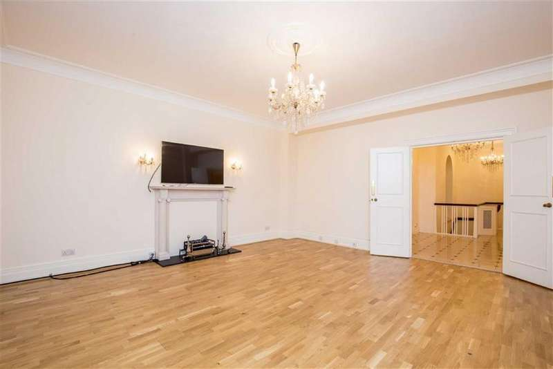 2 Bedrooms Apartment Flat for sale in Portland Place, London, London