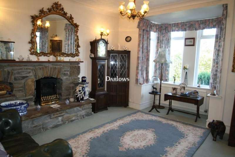 3 Bedrooms Detached House for sale in Southend Terrace, Bargoed