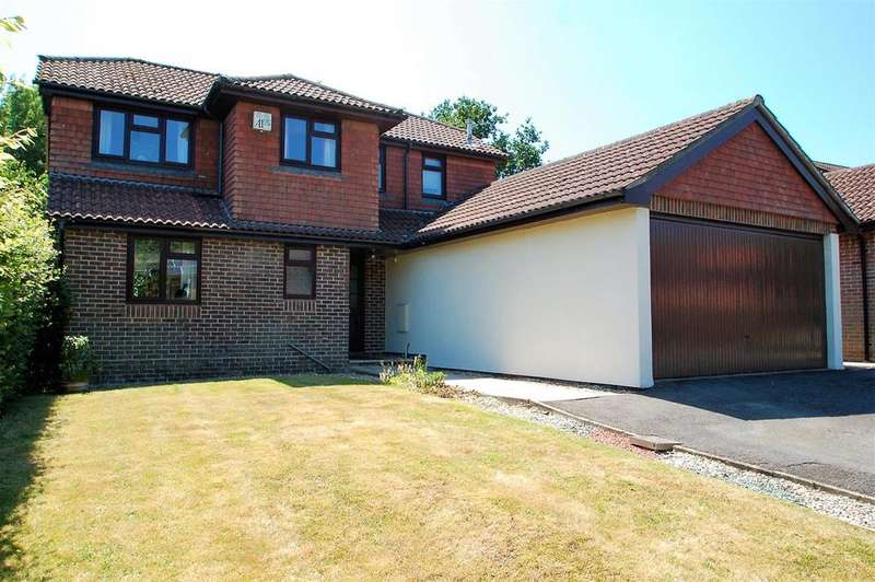 4 Bedrooms Detached House for sale in Willowdale Close, Stroud