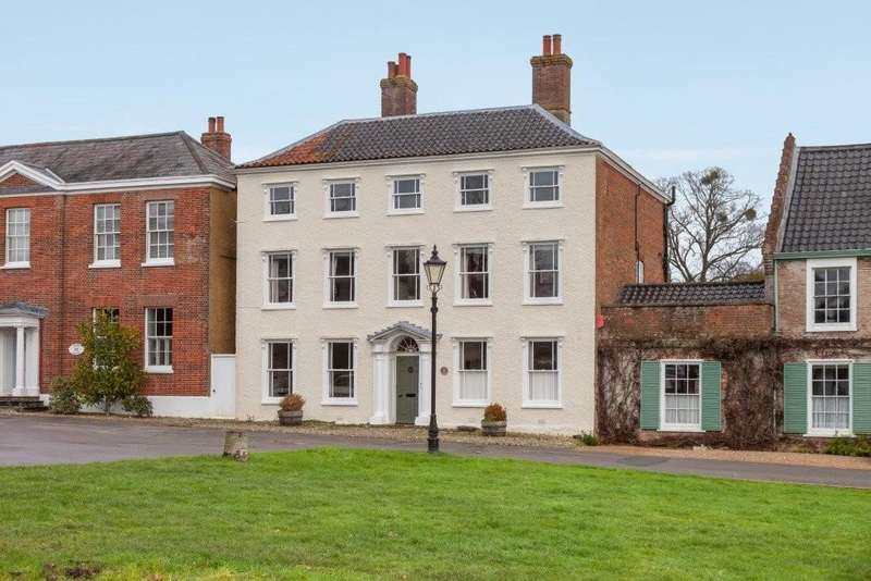 6 Bedrooms House for sale in Hingham