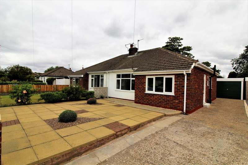 2 Bedrooms Bungalow for sale in Fieldhouse Avenue, Thornton Cleveleys, FY5
