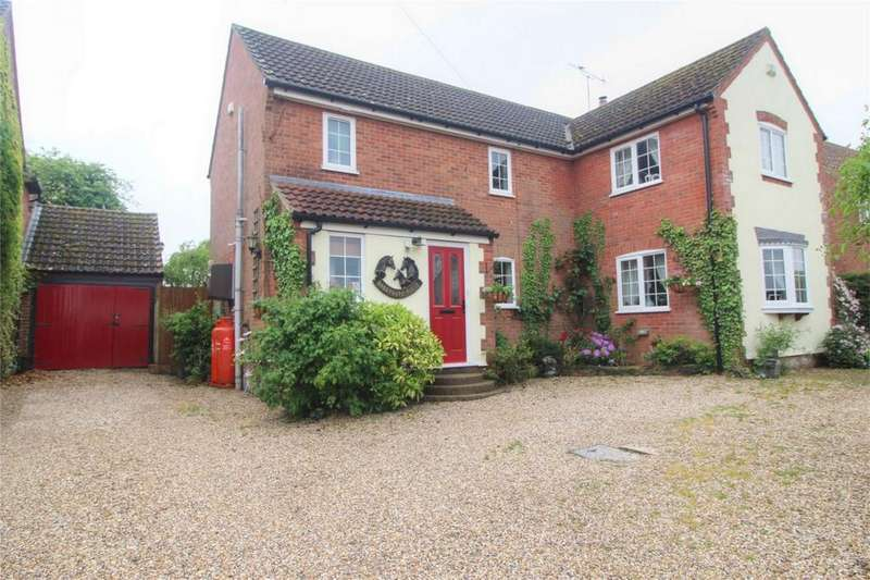 4 Bedrooms Detached House for sale in Snetterton North End, NORWICH, Norfolk