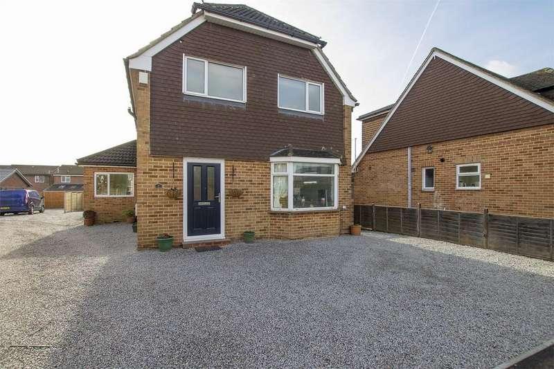 3 Bedrooms Detached House for sale in Francis Place, Stubbington, Hampshire