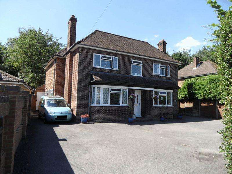 4 Bedrooms Detached House for sale in Studley Green - large four bedroom detached family with Annexe