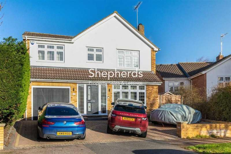 5 Bedrooms Detached House for sale in Roselands Avenue, Hoddesdon, Hertfordshire, EN11