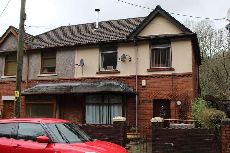 3 Bedrooms Semi Detached House for sale in Limekiln Road, Pontnewynydd, Pontypool, NP4