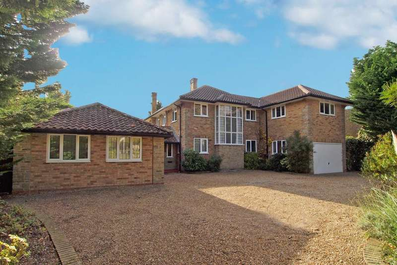 5 Bedrooms Detached House for sale in Meadway, Esher, Surrey, KT10