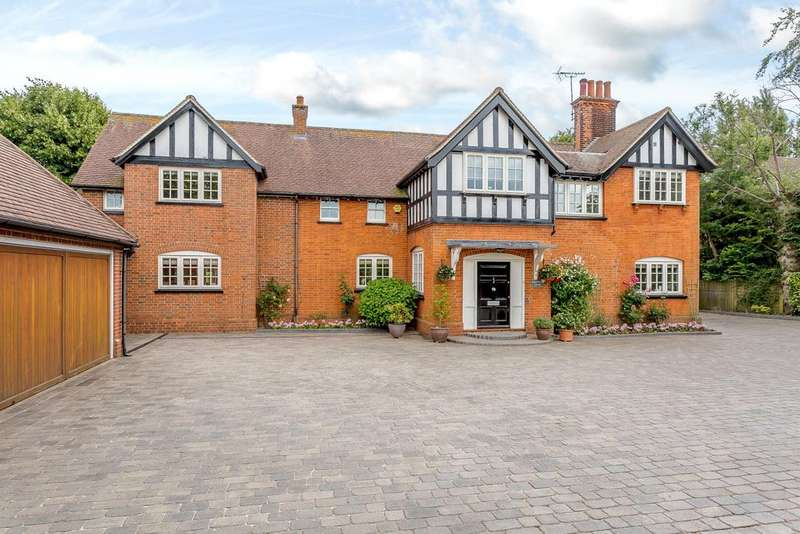 5 Bedrooms Detached House for sale in High Street, Ingatestone, Essex, CM4